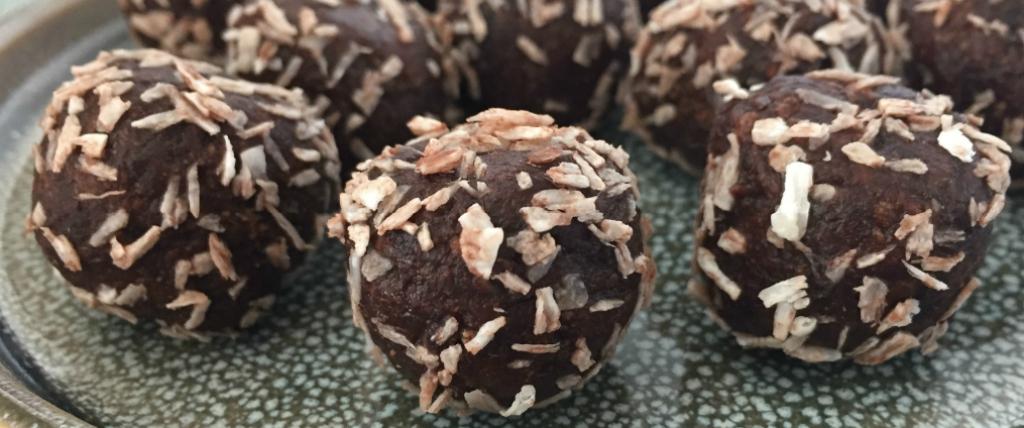 Protein Dadelkugler – Kokos
